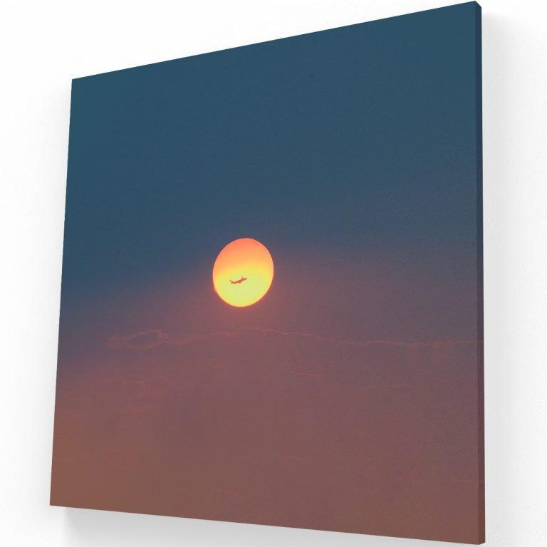 Flying Sun Canvas C Krea Canvas - Cuadros Decorativos Para Salas